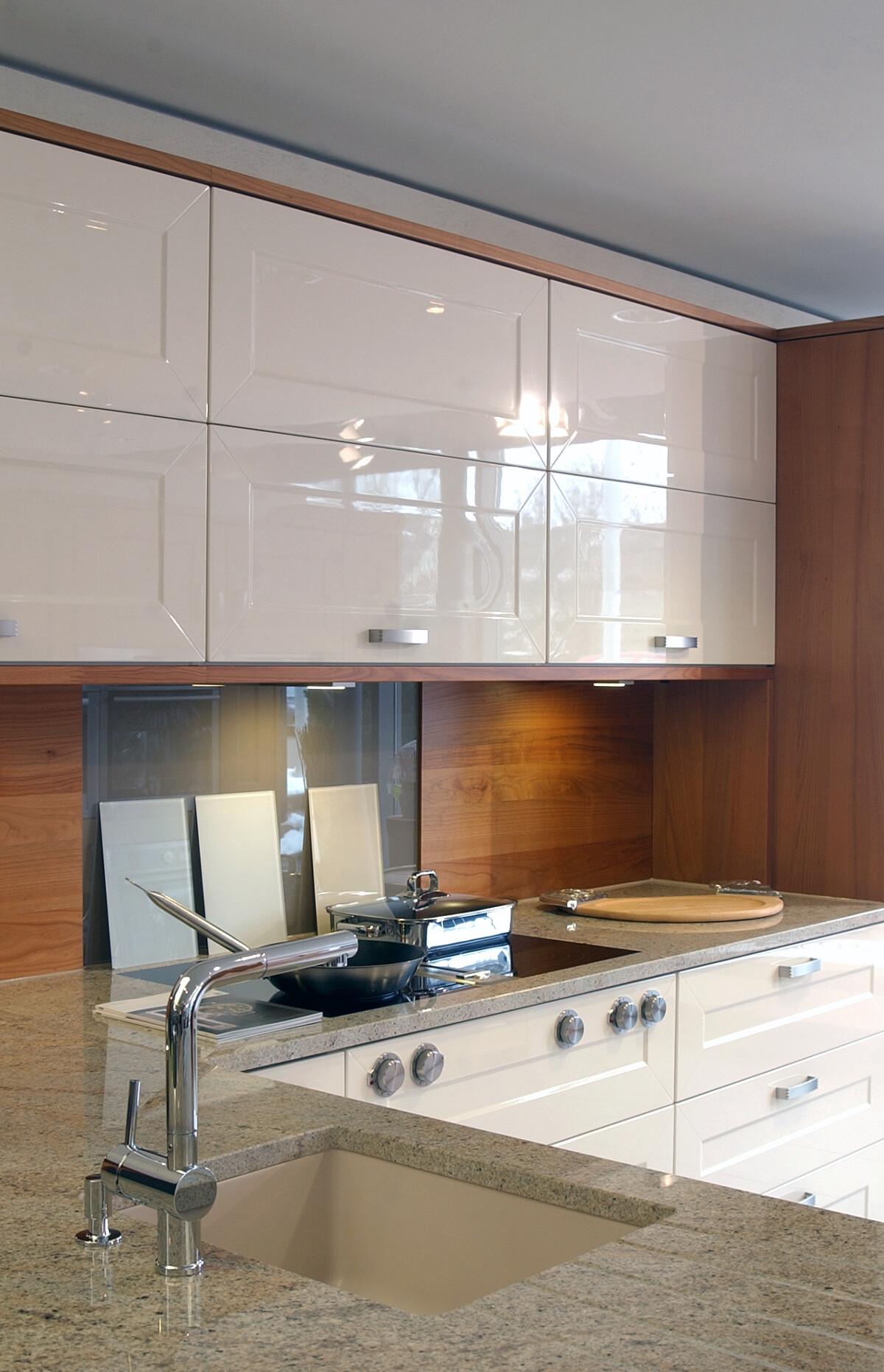 Marc Schuhmacher - das Küchenhaus mit eigener Schreinerei - Möbel ...